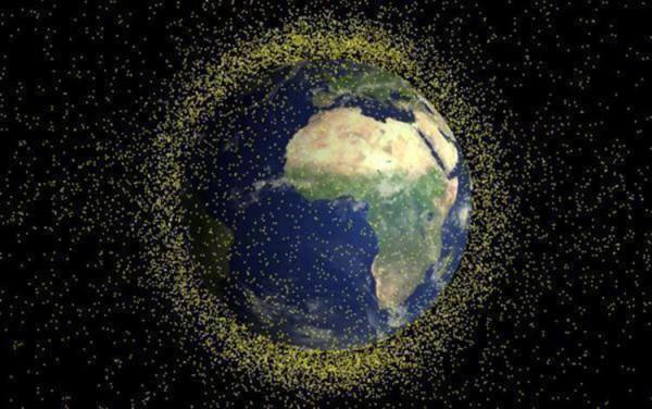 NASA: в 2014 году на Землю упало 100 тонн космического мусора