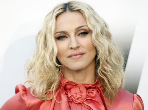 Билеты на концерт Мадонны в Париже продали за пять минут